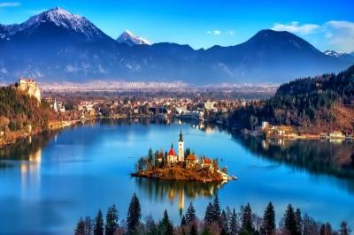 Select! Mediterráneo Eslovenia, Bosnia y Croacia con Praga