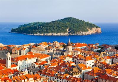 Select! Dubrovnik con Albania y Macedonia +