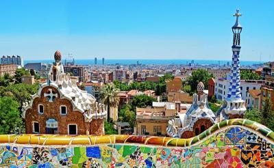 Hola! Andalucía y Cataluña